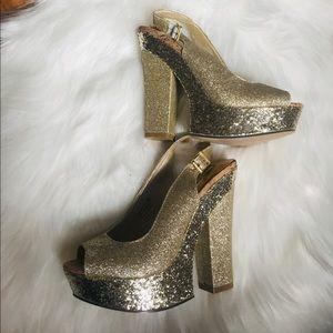 Naughty monkey gold glitter platform heels 6.5